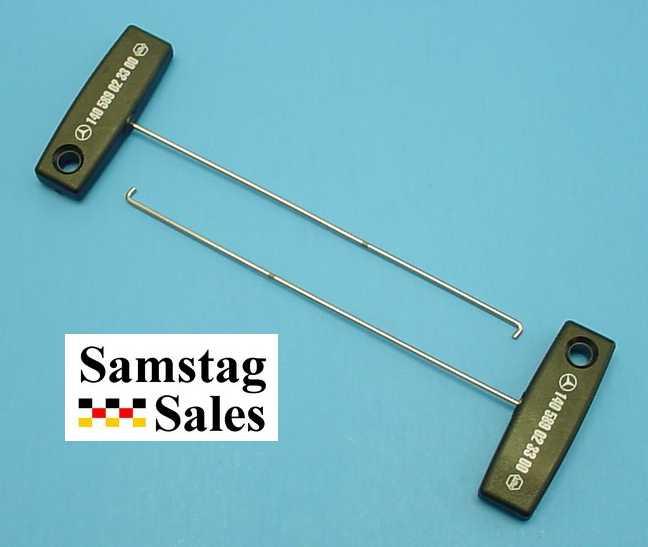 Mercedes 140 589 02 33 00 Instrument Cluster Pull Hooks